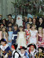 Детские танцы на Новый год в школе