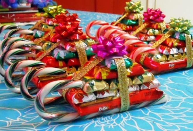 новогодние поделки из конфет2