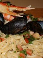 Паста с морепродуктами в сливочном или томатном соусе – 8 лучших рецептов итальянского блюда