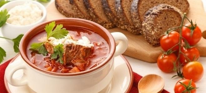 Как приготовить украинский борщ с мясом