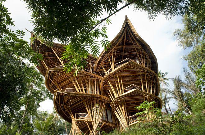 Бамбуковый отель Sharma Springs Bamboo House, Бали
