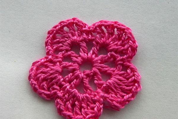 вязание цветка крючком для начинающих 5