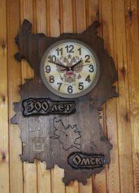 Настенные часы из дерева1