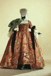 женщина в стиле рококо 4