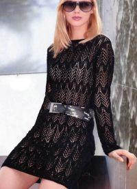 Черное платье вязаное спицами 3