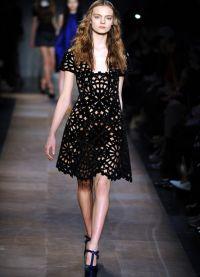 Черное платье вязаное спицами 7
