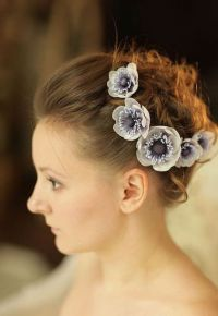 как красиво заколоть волосы невидимками 6