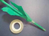 как сделать из бумаги ромашку 33