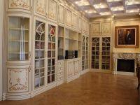Книжный шкаф1
