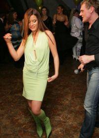 С чем носить зеленые сапоги 7