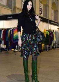 С чем носить зеленые сапоги 8