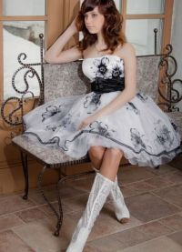 платья из кружева на выпускной 9
