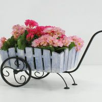Подставки для цветов на подоконник7