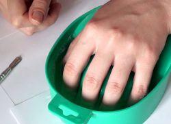как придать ногтям квадратную форму 4