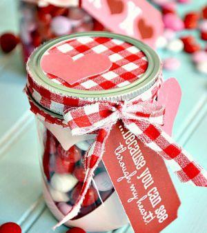 Подарки из конфет15