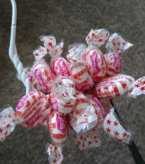 Подарки из конфет20