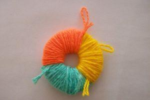 игрушки из помпонов своими руками 15