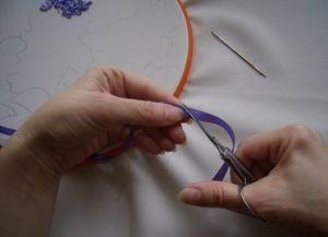 Как научиться вышивать лентами 7