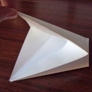 Как сделать из бумаги попугая 11