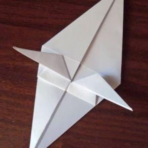 Как сделать из бумаги попугая 16