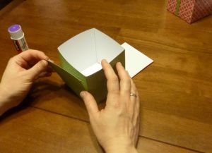 как сделать коробку из бумаги 18