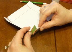 как сделать коробку из бумаги 6