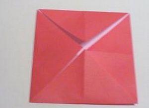 Как сделать розочку из бумаги11