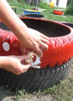клумба из шин своими руками 5