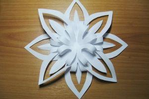 новогодние украшения из бумаги (13)