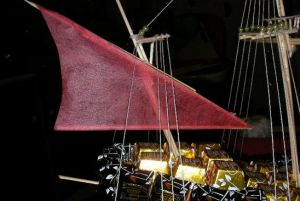 корабль из конфет мастер класс40