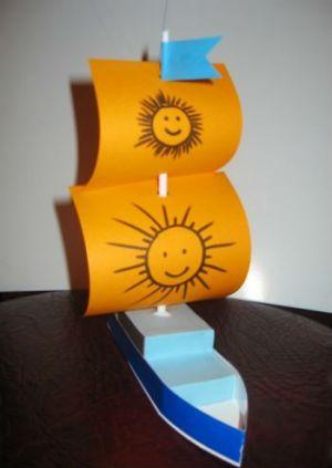 как сделать кораблик из картона 12