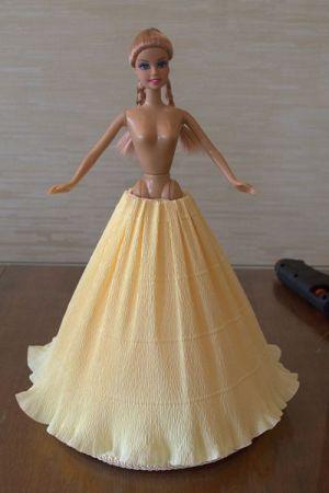 кукла из конфет11