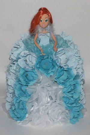 кукла из конфет15
