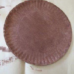 поделки из одноразовых тарелок 25