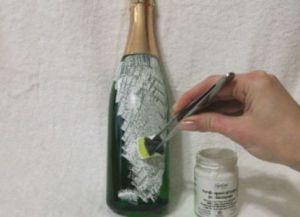 Декупаж новогодних бутылок19
