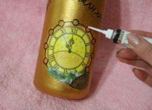 Декупаж новогодних бутылок33