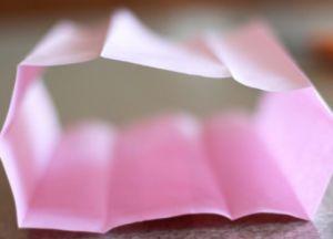 как сделать бумажный фонарик оригинальный2