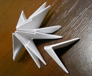 Как сделать лебедя из модулей20