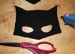 как сделать маску бэтмена из картона3