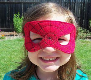 Как сделать маску человека-паука14