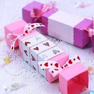 Как сделать из бумаги конфету6