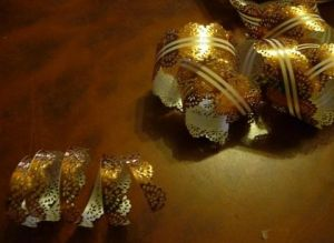 Туфелька из конфет - мастер-класс16