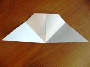 как делается хлопушка из бумаги 5