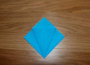 Как сделать лилию из бумаги 5