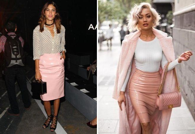 розовая кожаная юбка