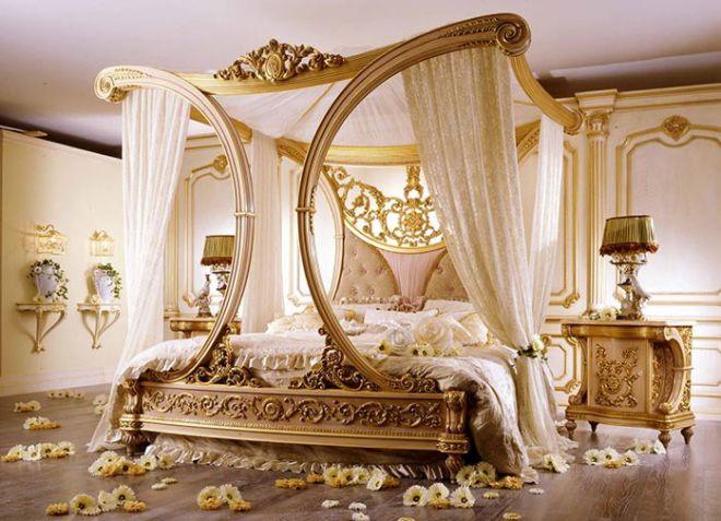 интерьер спальни в классическом итальянском стиле