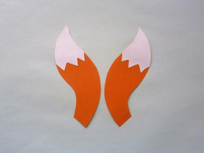 к деталям хвоста лисы приклеим белые детальки