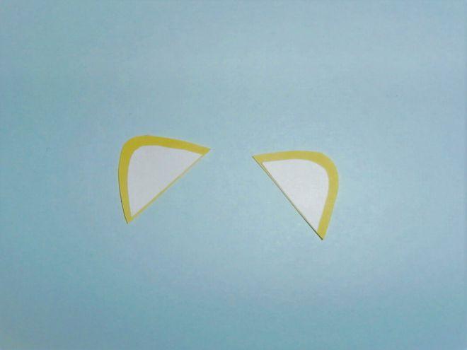 к желтым деталям ушей приклеим белые детали