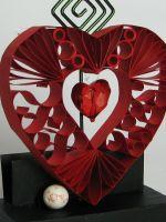 Как сделать сердце из бумаги?