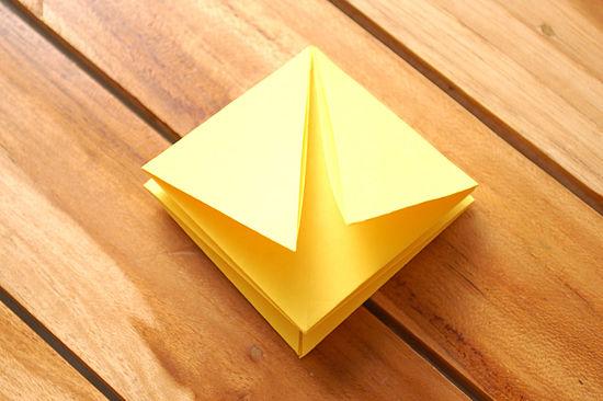 как сделать тюльпан из бумаги 10